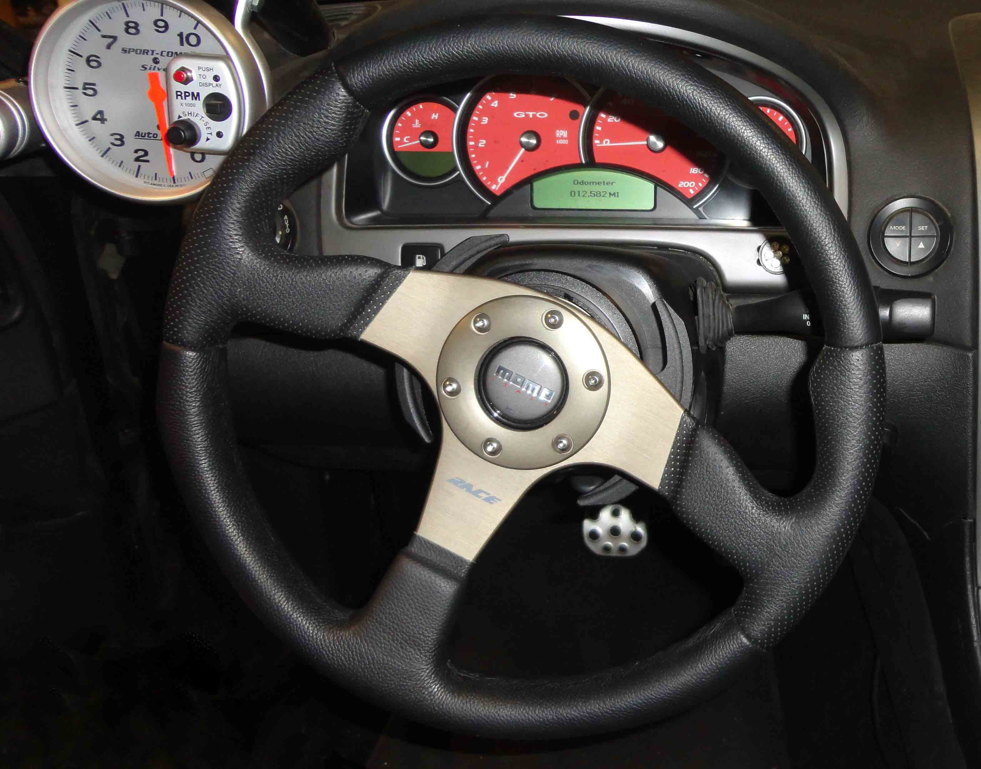 boss car stereo wiring harness adapters gto vz billet steering wheel adapter     gforce engineering  gto vz billet steering wheel adapter     gforce engineering
